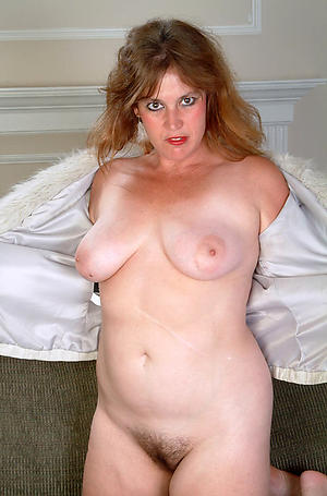 Amateur saggy knockers mature