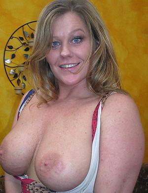 Pretty 40 plus mature porn pics