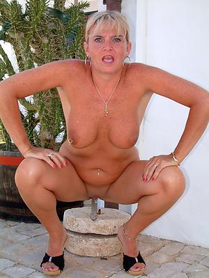 Best matures 40 nude pics