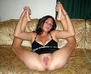 Xxx mature mom feet naked photo
