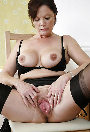 Xxx mature european pussy porn pictures
