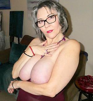Xxx mature column in glasses naked pics