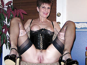 Nude hot mature cougars photo