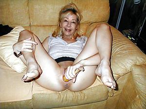 Pretty mature masturbating women nude pics