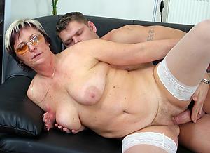 Handsome mature moms sex pictures