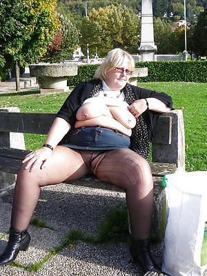Xxx naked mature women pantyhose