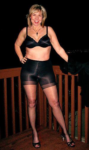 Humble mature in pantyhose