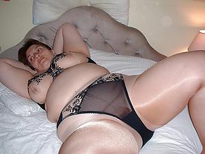 Favorite mature in pantyhose
