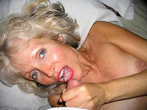 Mature women cumshots pics