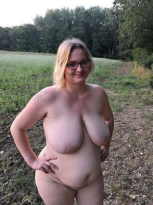 mature women with big tits pussy pics