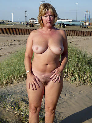 Amazing mature natural battalion naked photo