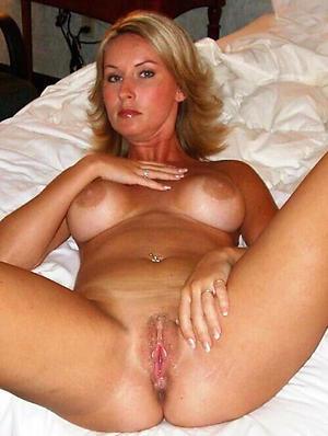 hot sexy grown-up women porn pics