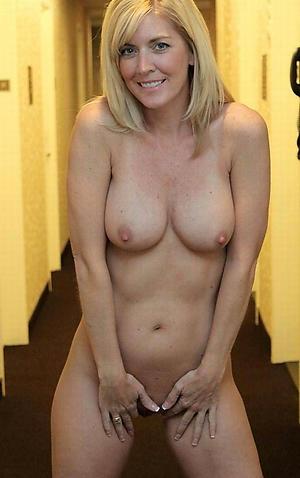 Slutty mature women sexy pictures