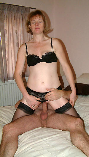 Xxx mature woman charge from pictures