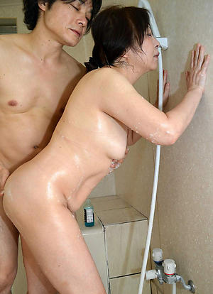 Mature asian ladies porn pics