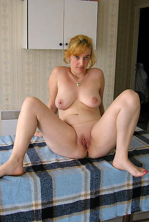 Xxx of age shaved pussy photos