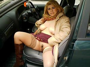 Mature in car mobile porn
