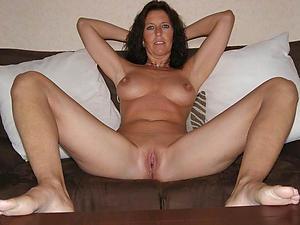 Mature legs spread free porno
