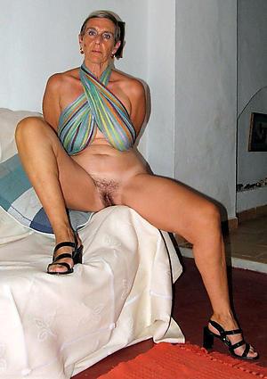 Curvy mature naked legs naked pics