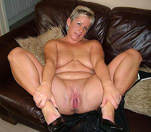 Favorite mature leg show naked photos