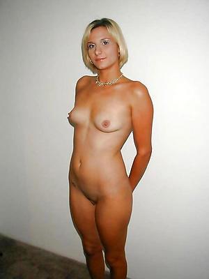 Slutty mature women 40 naked photos