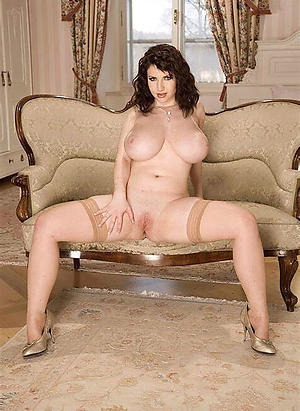Best mature ladies there high heels pics