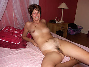Piping hot mature nude small tits pics