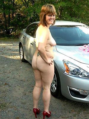 Nude mature sluts galleries