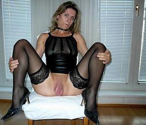 Slutty mature girlfriend nude pics
