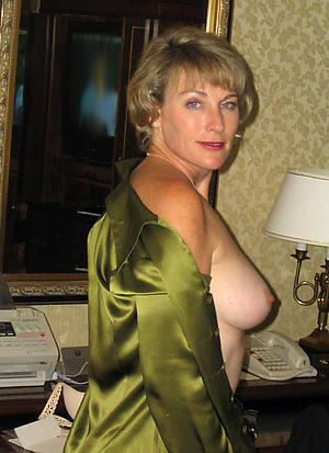 Amateur 40 plus matures pussy pics