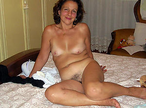 Naked mature sexy housewives pics