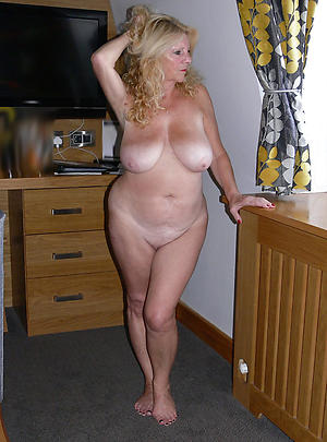 Mature low-spirited housewives pussy pics