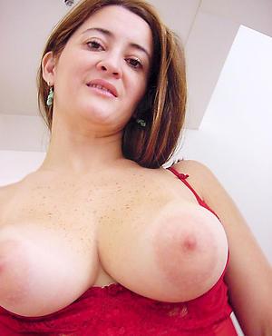 Amateur chunky tits mature women easy porno