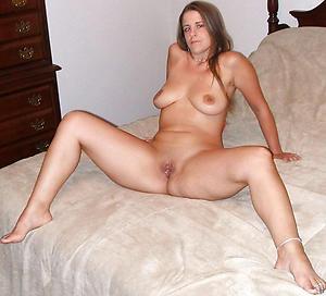 Hot mature sexy legs slut pics