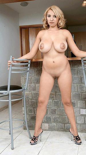Hot porn of mature sexy limbs