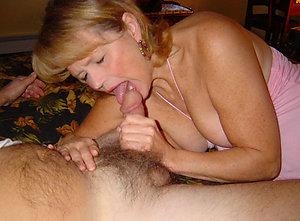 Xxx photos of women giving blowjobs