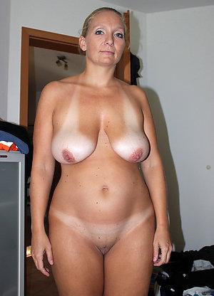 Sweet chubby mom pics xxx