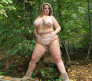 Amazing mature chubby nude moms