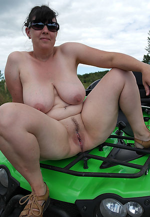 Perfect chubby nude ladies pics