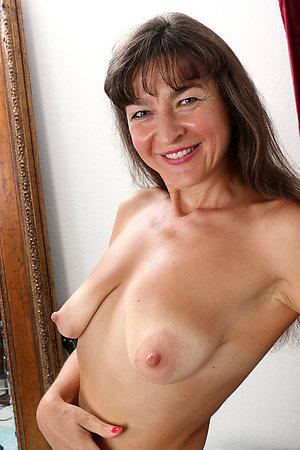 Horny mature brunette milf