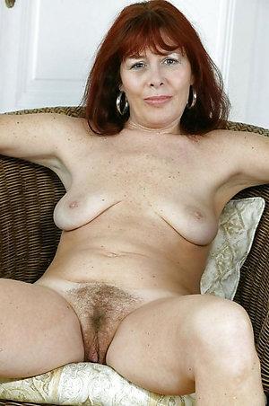 Horny hot brunette mom porn photos
