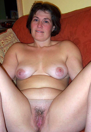 Sweet brunette wife fucking pics