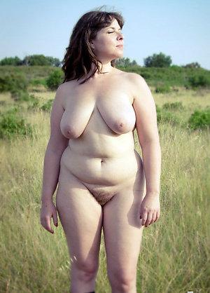 Horny mature brunette women amateur pics