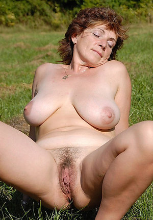 Perfect mature brunette galleries
