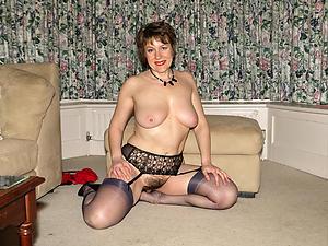Hottest mature amateur women in the altogether photos