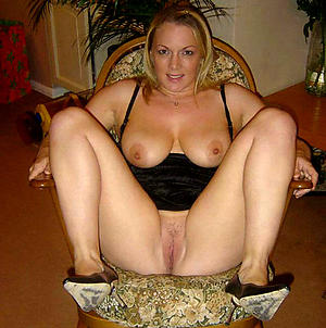 Hot porn of sexy mature amateur women