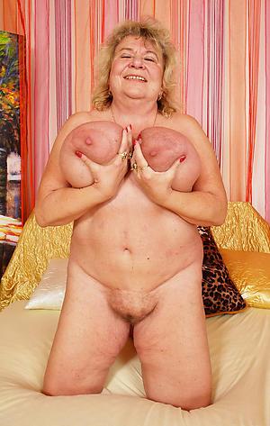 Starkers big mature boobs amateur pics