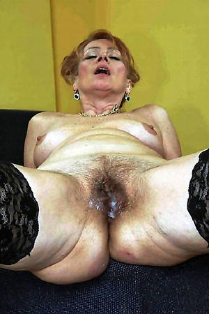 Amateur pics of mature grandmothers