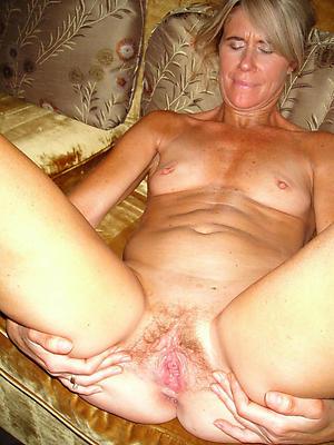 Nude of age pussy milf slut pics