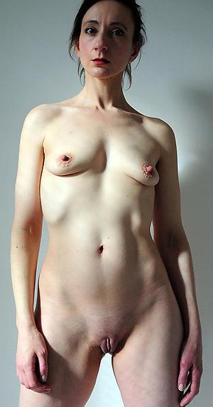 Ill skinny mature solo mediocre basic pics